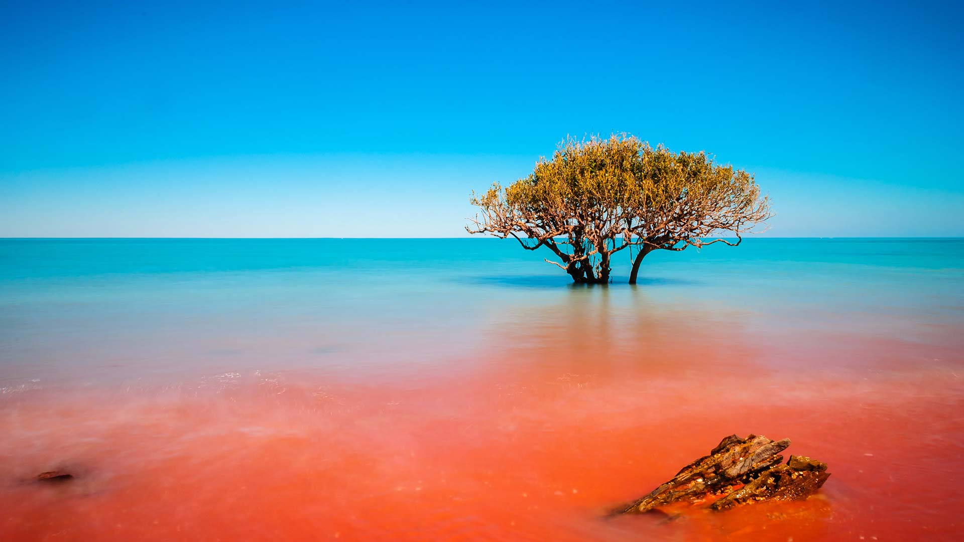 Panorama to illustrate dating in broome